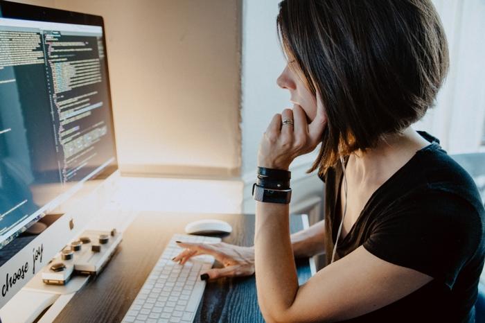 プログラマーへ転職方法